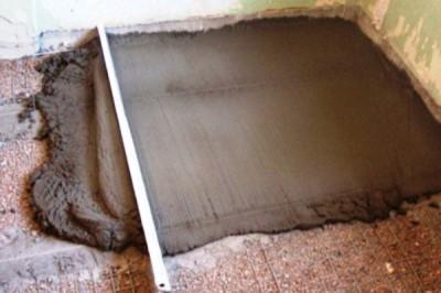 Выравнивание цементно-песчаным раствором