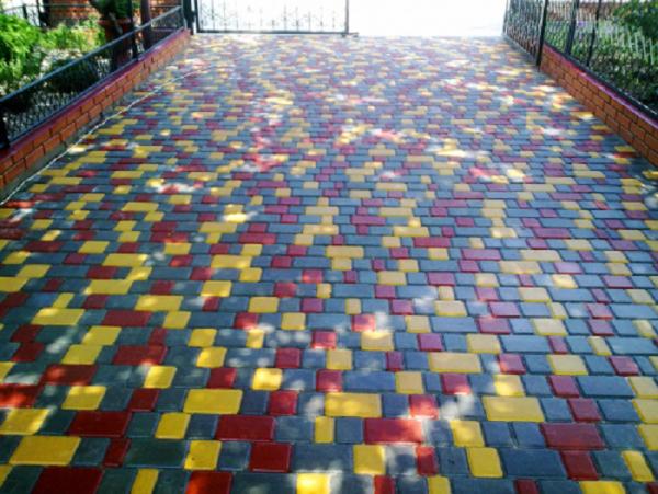 Мощение разноцветным ФЭМ Старый город