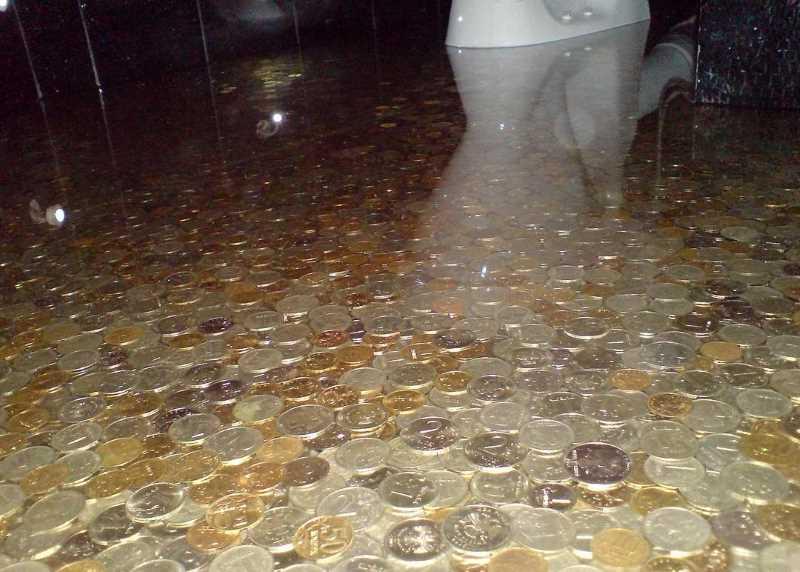 Наливные полы «Монетный двор» в санузле