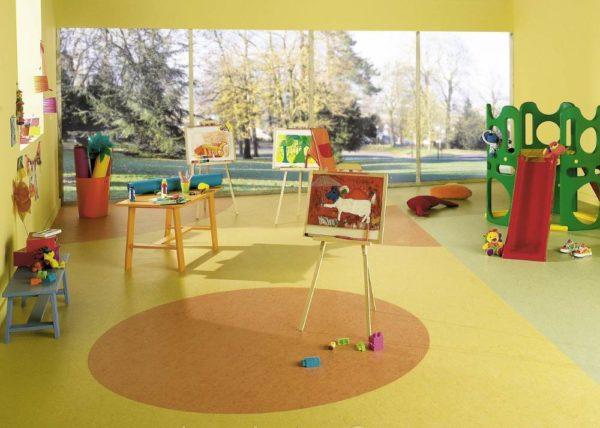Натуральный линолеум в детском саду