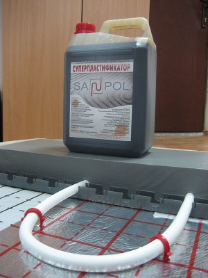 Пластификатор для теплых полов наделеяет стяжку повышенной прочностью