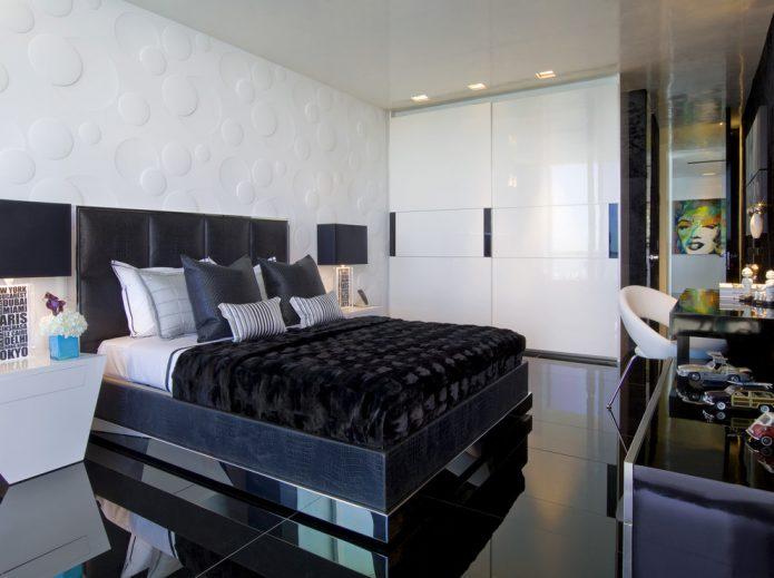 Черный глянцевы пол в интерьере современной спальни