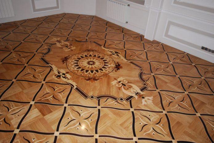 Модульный орнамент художественного ламината в комнате