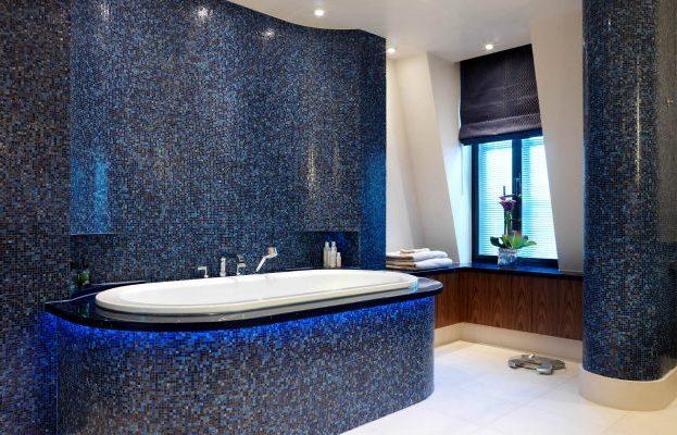 Синяя мозаичная плитка