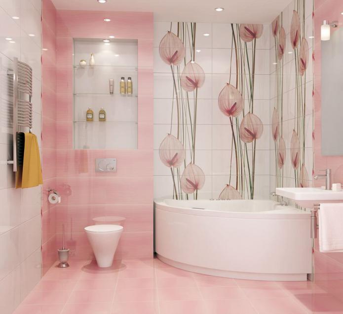 Розовая плитка и изделия с цветочным рисунком