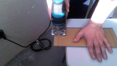 Электролобзик - безопасный инструмент для резки ламината