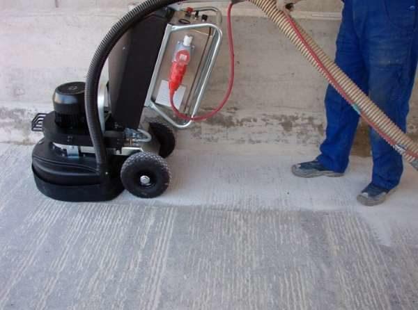 Шлифовка мокрой бетонной стяжки