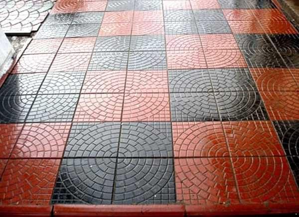 Тротуарная плитка - колодец