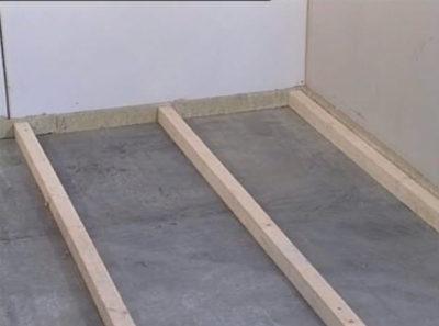 Монтаж лаг на бетонный пол
