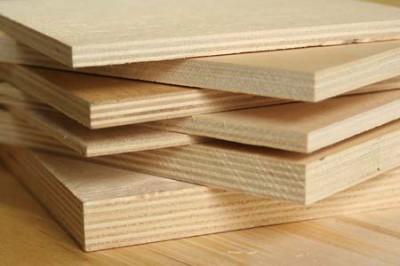 Фанера идеально подходит для выравнивания деревянных полов