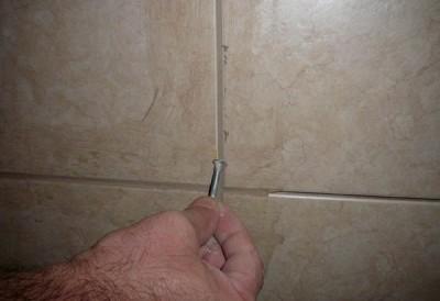 Затирка для швов плитки - сухая очистка поверхности